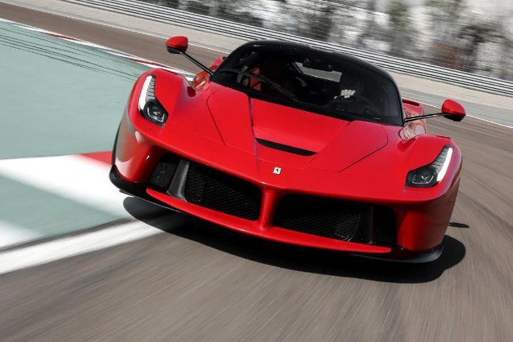 Ferrari souhaite fabriquer une supercar électrique