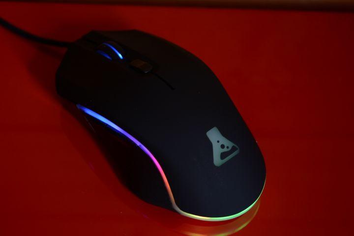 The G-Lab KULT PROMETHIUM : une souris gaming pas chère !