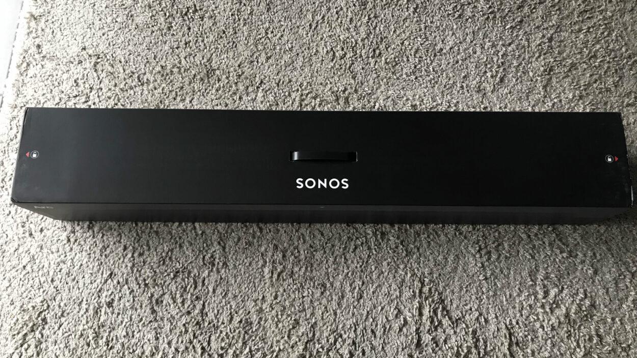 Sonos Arc barre de son boîte
