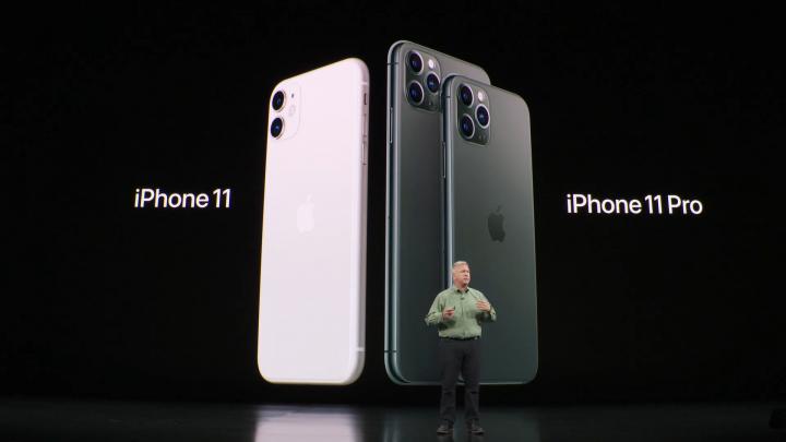 couleur dos arrrière iphone 11 pro max a coté