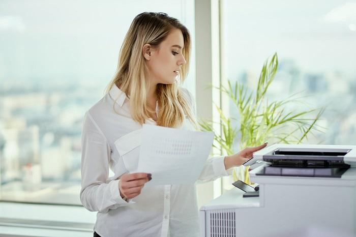 Quels critères faut-il considérer pour louer un photocopieur?
