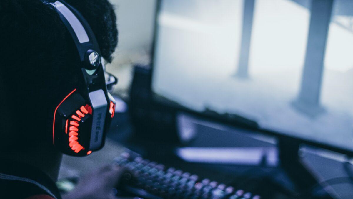 Twitch bat Facebook et Youtube : les jeux vidéo changent-ils notre langage ?
