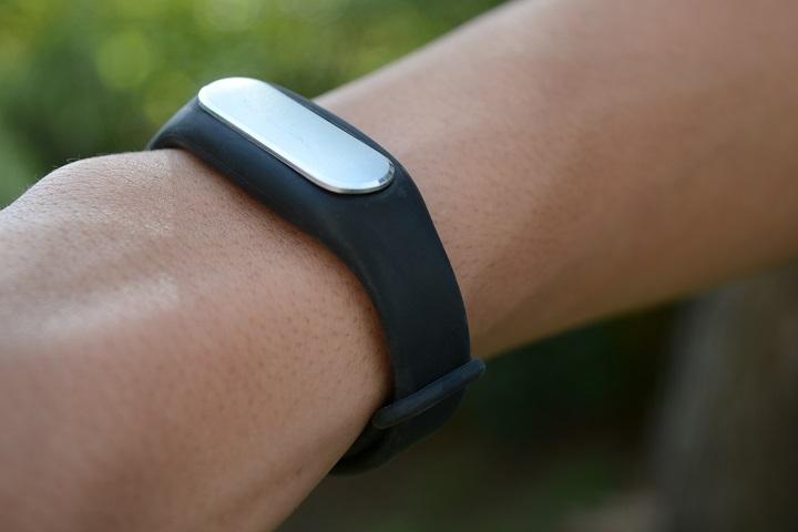 Inexive SmartBand, le bracelet connecté pas cher