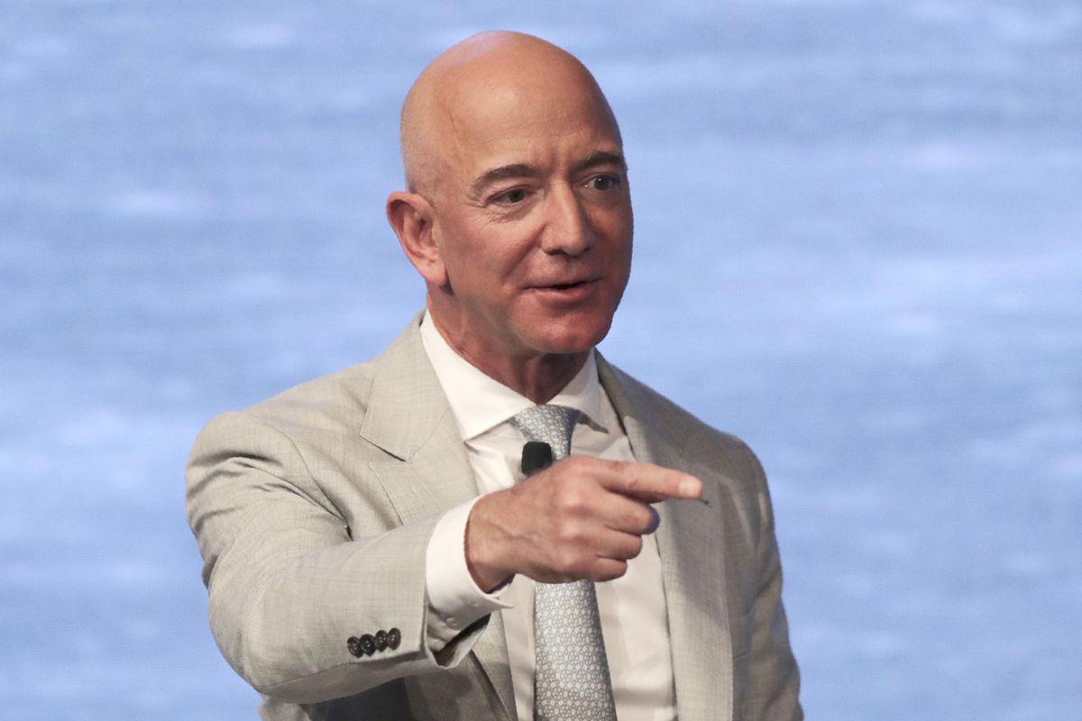 Combien de temps faut-il à un PDG de la tech pour gagner votre salaire ?
